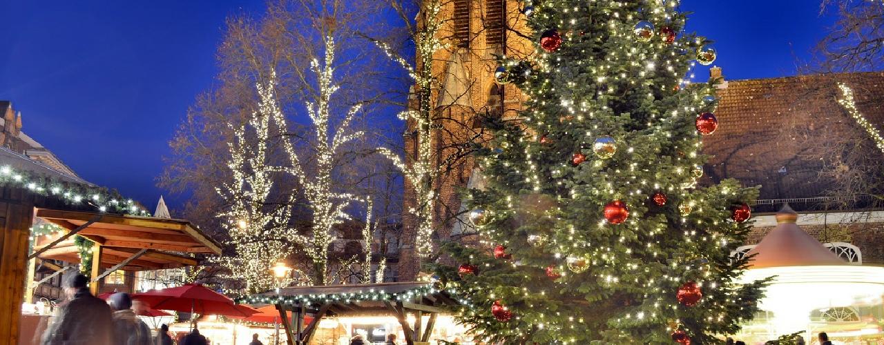 Weihnachtsmarkt Elmshorn.Lichtermarkt Elmshorn